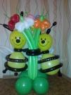 2 Пчелки с букетом